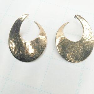 VTG Gold Tone Hammered Hoop Earrings
